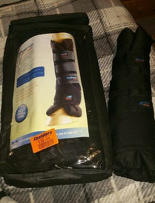 Premier Equine Stable/travel Wraps/boots Size Medium Front In Black New And Unus