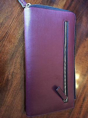 Wallet / Travel Wallet Zara