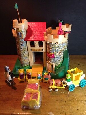 Castle Fisher Price 993 Family Play Dragon Horse Vintage Set Complete Yellow 21