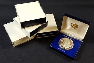 †5 FRANKLIN MINT $10 STERLING SILVER COINS INCLUDING JAMAICA AND TRIN... Lot 267