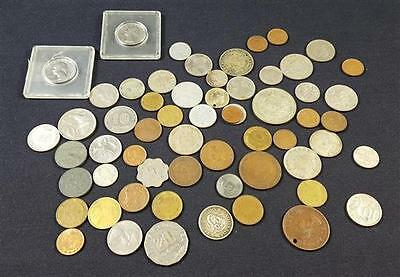 MIXED LOT FOREIGN COINS Lot 261