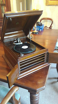 Rare 1920's Celeste wind up Gramophone, Fantastic working condition, beautiful