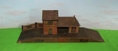 Bing O Gauge Country Station On Platform Pre-War 1920/30's