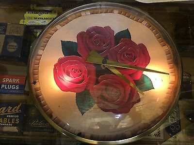 OLD ORIGINAL AnTiQuE FOUR ROSES WHISKEY ADVERTISING CLOCK Lighted WORKS Sign