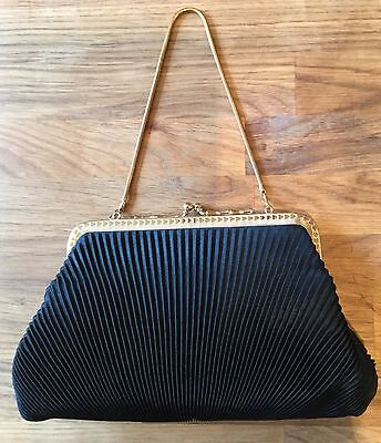 Vintage   Beautiful Pleated Evening Bag With Chain