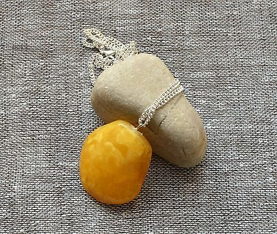 7 gr Genuine Natural Antique Vintage Baltic Amber Egg Yolk Butterscotch Pendant