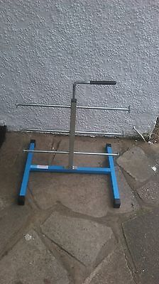 6 cable  reel stand/holder