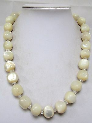 Stunning vintage very large mother-of-pearl bead necklace
