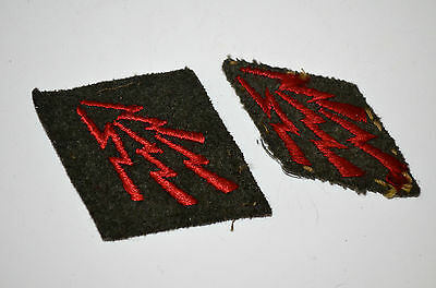 """Vintage Lot Of 2 Wwii Usmc """"lightning Bolt"""" Patches - 1 New / 1 Used"""