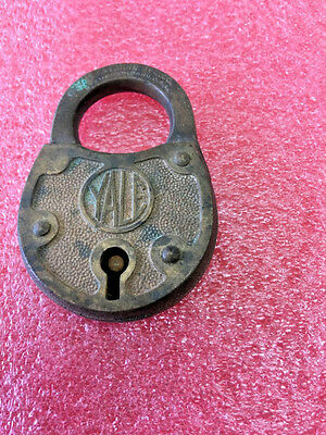 "F7 Vintage Yale padlock brass lock no key COOL LOOK antique 3"" H x 2"" W"