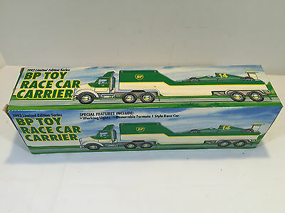 1993 BP Toy Race Car Carrier Truck With Formula 1 Style Race Car NIB