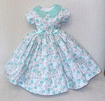 "20""   CISSY   Miss REVLON   FASHION   Clothes  LOVELY  FLOWERS & ORGANDY   DRESS"