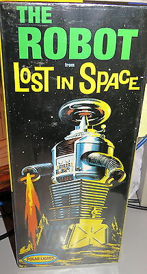Lost In Space Robot Model Kit Polar Lights Kit #5030 Playing Mantis 1997 Sealed