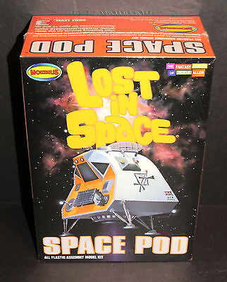 Lost In Space Space Pod Model Kit 1:24 Scale Sl 3 Moebius Kit #901 2008 Sealed