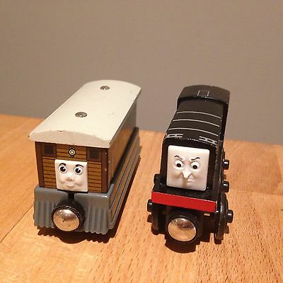 Fisher Price Thomas Friends Wooden Railway Trains Toby Diesel Railroad Magnetic