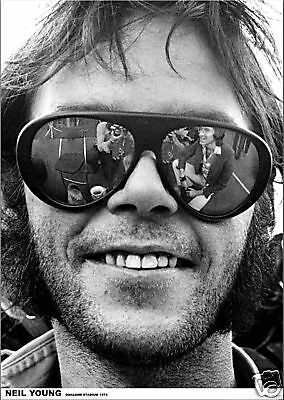 """Neil Young 1974 B&W Photo Poster Free US Ship 23.5"""" x 33""""  UK Import"""