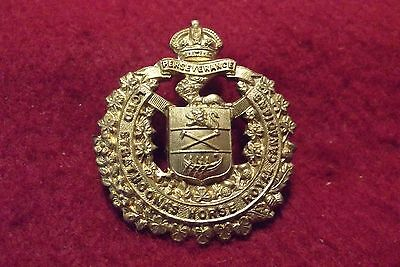 WW II Canadian Brass Cap Badge To Lord Strathcona's Horse (Royal Canadians)