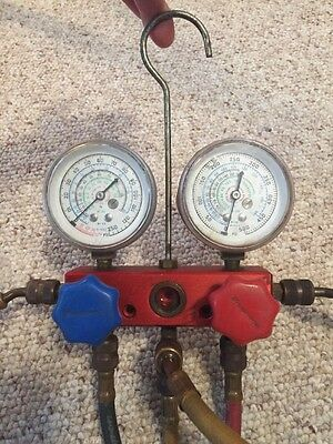 Snap-On Tools A/C Manifold Gauge Set & Hoses Adapters Charging Tower