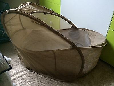 Samsonite Pop Up Deluxe Bassinet. Travel Crib