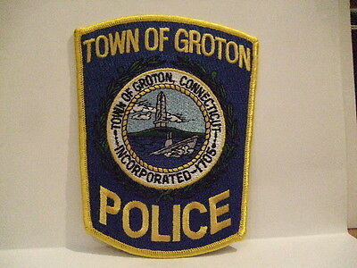 police patch   TOWN OF GROTON  POLICE CONNECTICUT