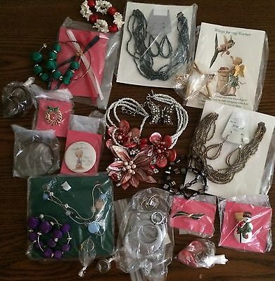 Lot Of Jewelry Some In Better Shape Than Others Over 20 Pieces