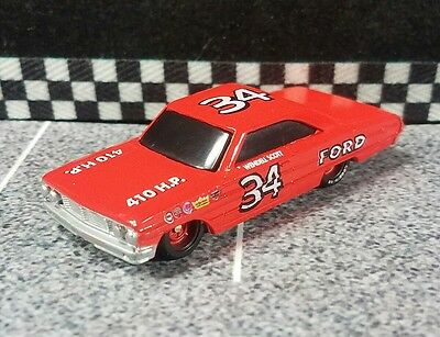 1992 Used Racing Champions Car Ford Wendell Scott #34 Red Rims stock Nascar 1/64