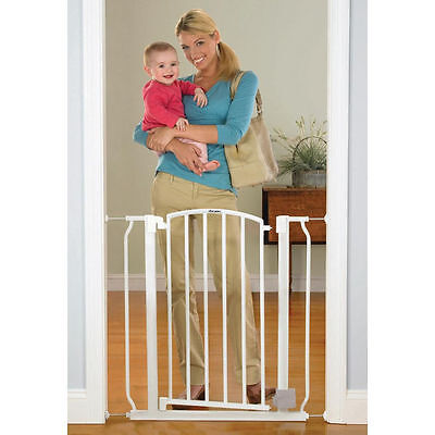 The First Years Hands Free Gate Pet Dog baby Safety