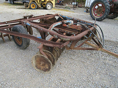 10f.t. Ford Pull Type Transport  Double Disc Tractor with Cylinder