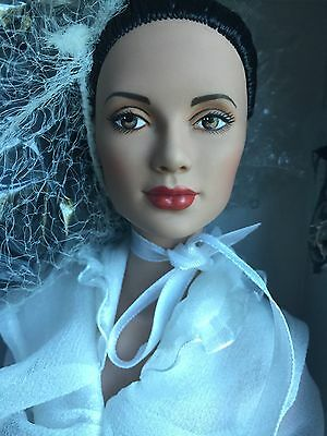 "Tonner Tyler 16"" 2005 Bohemian Beauty Angelina Dressed Fashion Doll NRFB LE 1500"