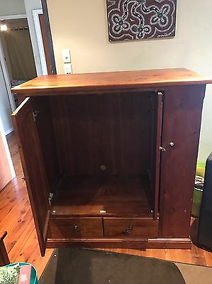 RECYCLED OREGON Tv cabinet timber