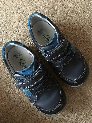 Boys Clarks Shoes Size 7 1/2 E Stud Sneakers