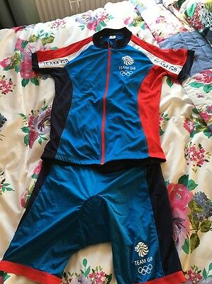 Women's Cycling Shorts And Jersey