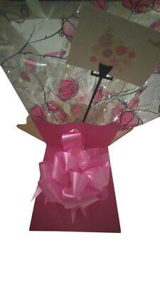 1 X FLOWER  bouquet box/ cellophane /50 MM bow/ message card/ cerise MOTHERS DAY