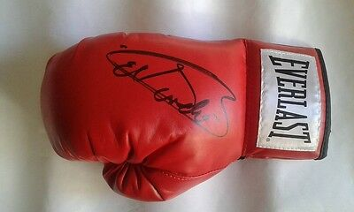"Saul ""El Canelo"" Alvarez Signed Red Everlast Boxing Glove"