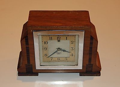 SMITHS SECTRIC ART DECO ELECTRIC MANTEL CLOCK. Working movement
