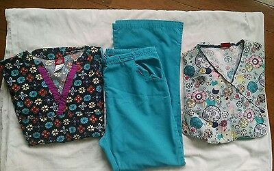 Scrub outfit lot of 3 size M Dickies tops and bottom