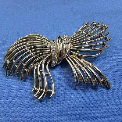 Gold Wire Bow Brooch with Rhinestones (17017711A)