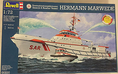 Revell 05220 Search & Rescue Boat Hermann Marwede 1:72 NEW