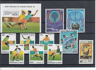 K 49844/ Afrika Lot / Mixture ** MNH Guinee mit Block