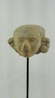 Minerva Gallery - Pre-columbian Jamacoaque Potter head with stand