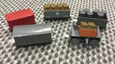 Tomy Train Carriages 5 In Total Some Complete With Cargo ��