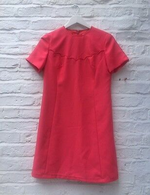 Vintage 1960S Coral Pink A Line Shift Dress With Scallop Edge Detail Size 12