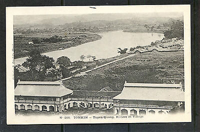 INDOCHINA VIET-NAM  The river flows through the city of Tuyen Quang 1900's