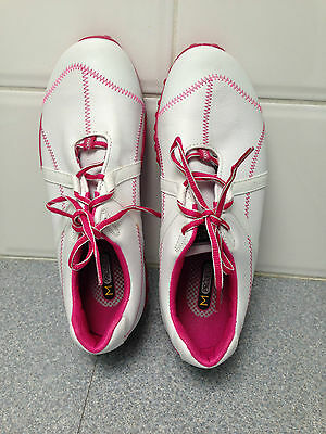 ladies white leather golf shoes  FJ  brand.  size 9   New