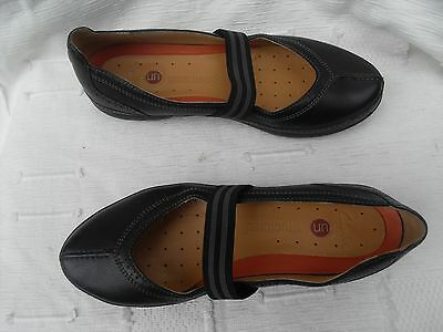 Ladies Clarks Unstructured Uk 4D Black Leather Flat Shoes