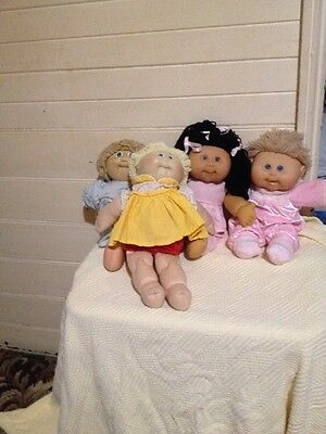 Lot Of 4 Cabbage Patch Dolls 1982, 2004