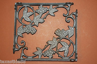 "(2)pcs, ITALIAN RESTAURANT WALL DECOR ,IRON GRAPEVINE SHELF BRACKETS, 9"",B-12"