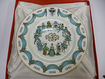Spode China 'The D'Oyly Carte' Plate