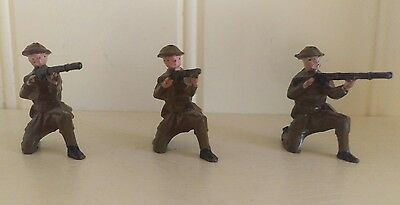 Lead WWII Toy Soldiers (3) Riflemen Infantry Britains