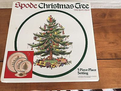 Spode Christmas Tree 5 Piece Place Setting In box! Dinner Salad Bread Plate Cup